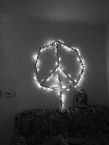 peace-sign-bw